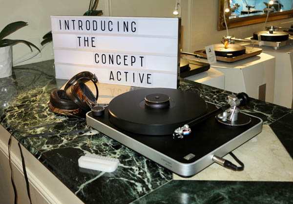 New Concept Active Turntable from Clearaudio