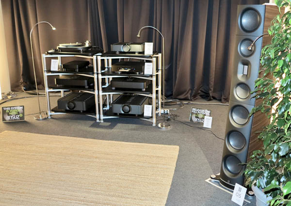 Aavik M-300 Amplifiers, Børresen 05 Loudspeakers, Ansuz Cabling