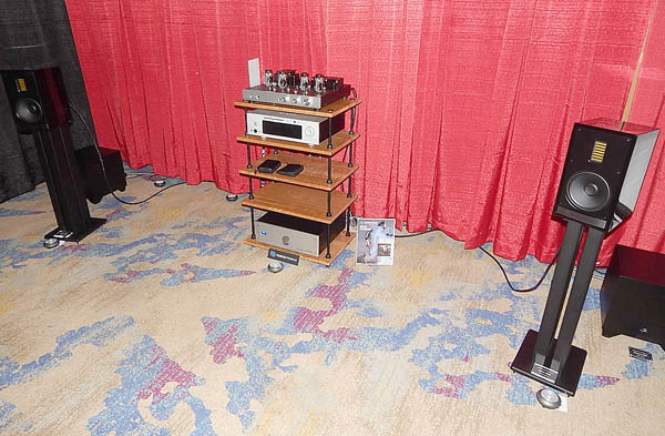 Aurender Streamer, Rogue Integrated Amplifier, MartinLogan Speakers, Kimber Cables