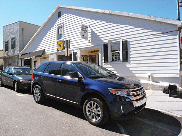 The Standard Ford Edge Starts At  The Ltd That Arrived  Per Fords Website Was Fitted With All The Trimmings A  Speaker