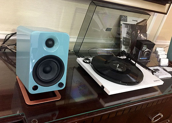 Kanto YU2, YU4, and YU6 Powered Desktop Speakers