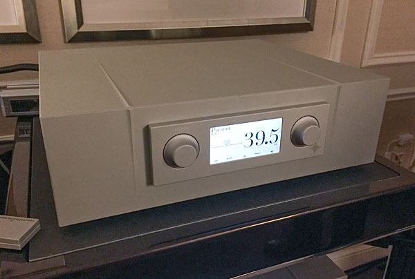 Constellation Audio Pictor Preamplifier and Taurus Amplifier