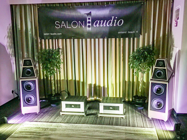 Wilson Audio Sasha DAW Speakers; VTL TL-7.5 Series III Linestage Preamplifier, MB-185 Series III Signature Monoblock Amplifiers, and TP-2.5i Performance Phonostage; Aurender A10 Music Server/Streamer/DAC; Pro-Ject Xtension 12 Turntable