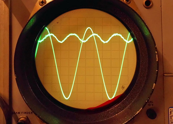 Spectral X-Contamination: Problems in Op-Amp Chips