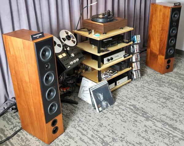 PranaFidelity Vayu/fs Speakers, Kuzma Stabi R Turntable, MG Audio Design Monoblocks, Wyred 4 Sound DAC-2