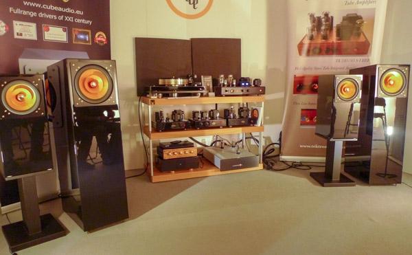 Cube Audio Nenuphar Loudspeakers, Teutron TU 2A3/50S-1 Amplifier, Lampizator Big 7 DAC