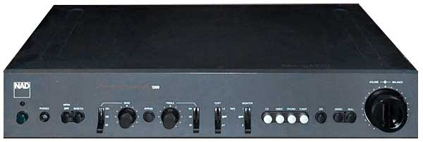 NAD Monitor Series 1300 preamplifier