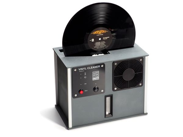 Getting A Review Sample Of This Unique Ultrasonic Record Cleaning Machine Took Me Years Aly Audiodesksysteme Gläss Small German Manufacturer